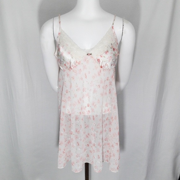 Other - Secret Treasures Delicate Pink Floral Chemise S